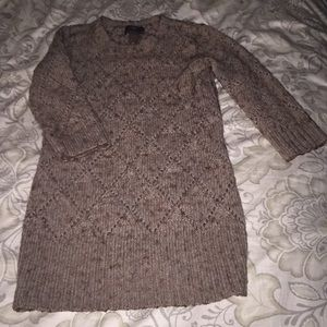 Gorgeous well made brown sweater. Size M